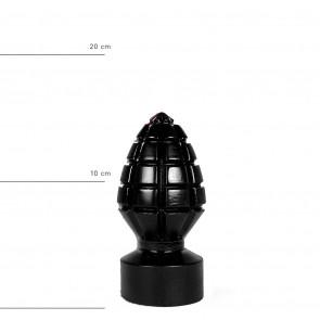 all_black_plug_andreas_ab33b.jpg